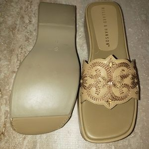 NWOT Hilliard & Hanson Cary Leather Italy Sandal 6